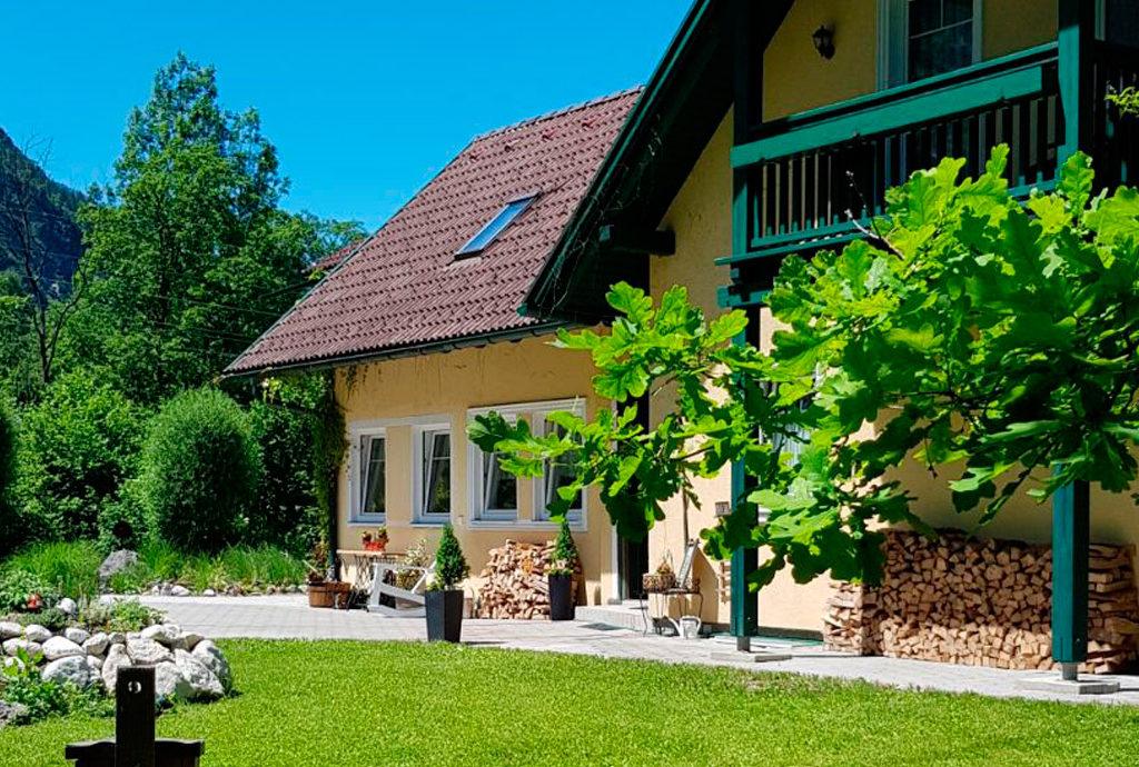 Ferienhaus Oppitz - Appartements in Steeg bei Bad Goisern am Hallstättersee